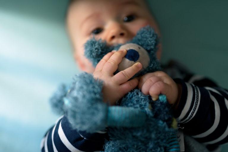 Photographe bébé au naturel dans les Yvelines 78