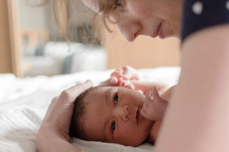 Photographe nouveau-né bébé Yvelines Maison Domicile 78