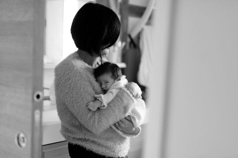 Séance nouveau-né bébé Paris Domicile 75 Lifestyle