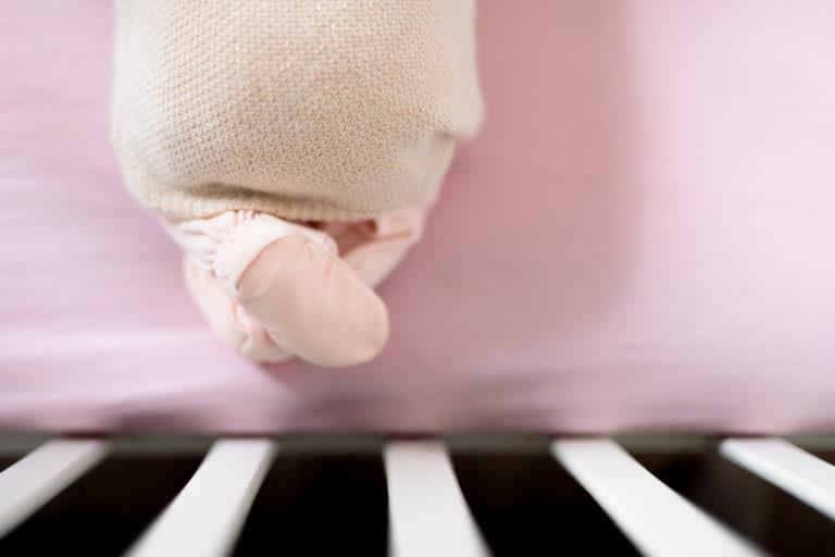 Séance nouveau-né bébé Paris Domicile 75 artistique