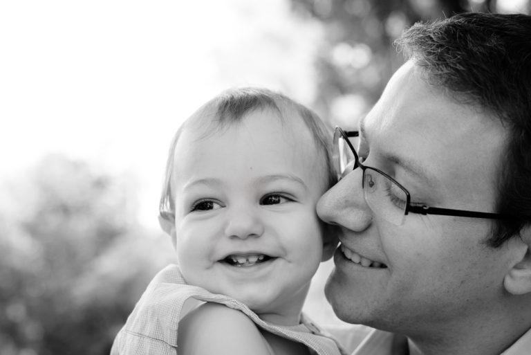Photographe portrait bébé Famille Yvelines Séance extérieur Lifestyle Le Vesinet Chatou 78