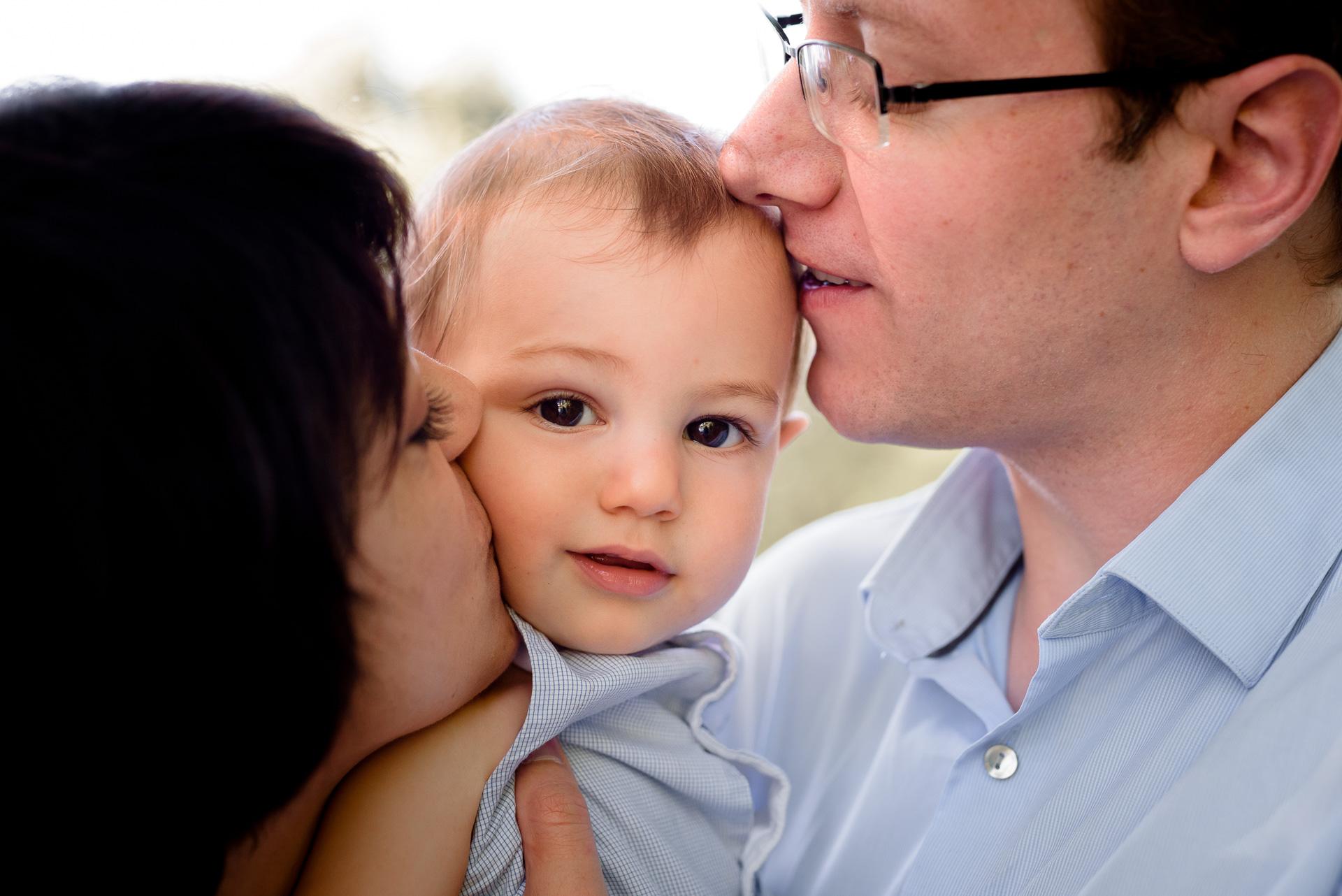 Photographe bébé portrait Famille Yvelines Séance extérieur Lifestyle Le Vesinet Chatou 78