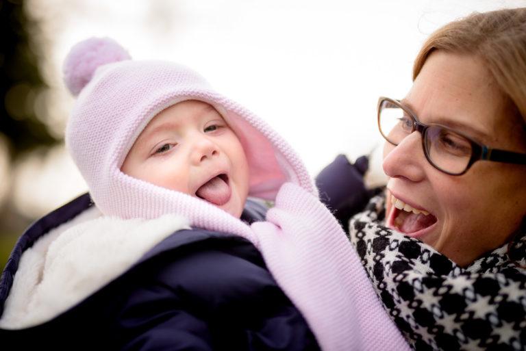 Photographe Famille Yvelines Séance extérieure enfant Lifestyle Puteaux 92 Hauts-de-Seine Paris bébé