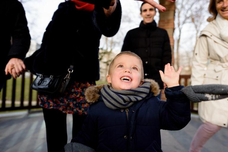 Photographe Famille Yvelines Séance extérieure enfant Lifestyle Puteaux 92 Hauts-de-Seine Paris