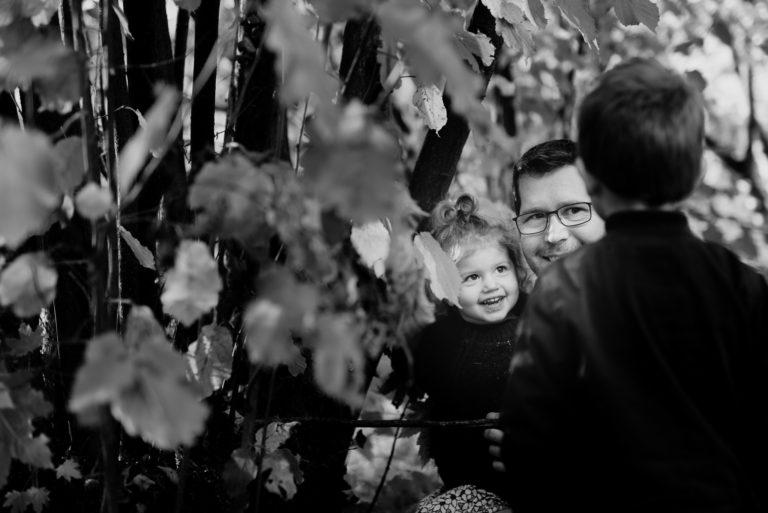 Photographe Famille Yvelines Séance extérieure enfant Lifestyle Chatou Le Vesinet Rueil Malmaison 92 Hauts-de-Seine Paris bébé