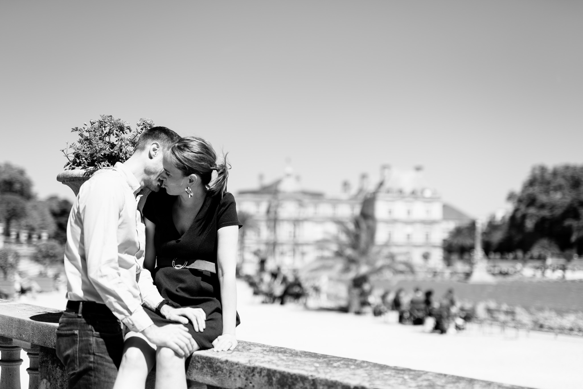 Photographe Grossesse Yvelines Paris extérieur séance maternité couple